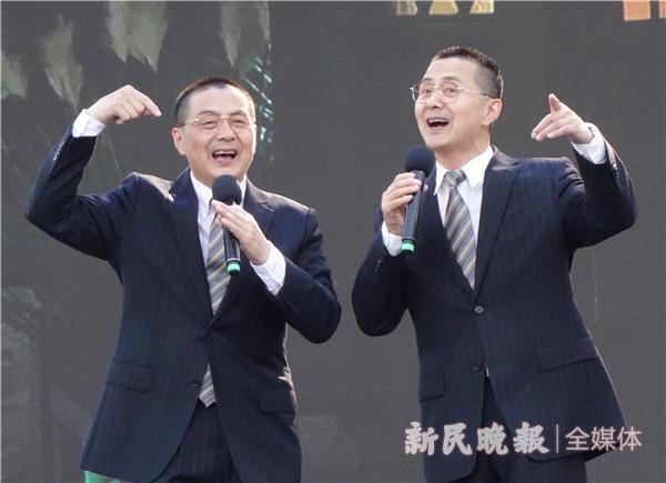 梁伟平与梁仲平的淮剧《卖油郎独占花魁》-胡晓芒.JPG
