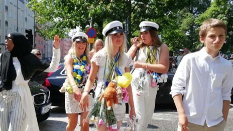 四海城事 | 瑞典高中生迎来毕业狂欢季