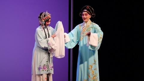 党校来了两对杜丽娘柳梦梅  上昆经典之作《牡丹亭》在中共中央党校上演