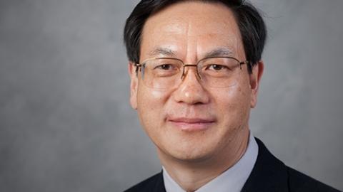 """""""纳米发电机之父""""王中林获爱因斯坦世界科学奖 系首位获此殊荣的华人"""