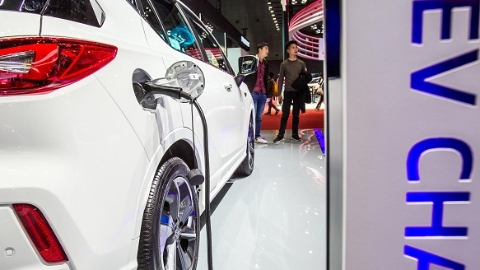 上海公共机构热吹节能风 新能源车桩地图首发