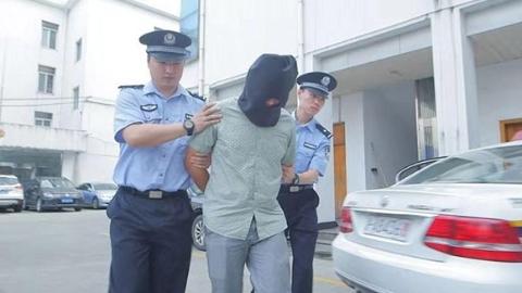 沪松江警方立案查处涉恶嫌疑团伙12个刑拘95人
