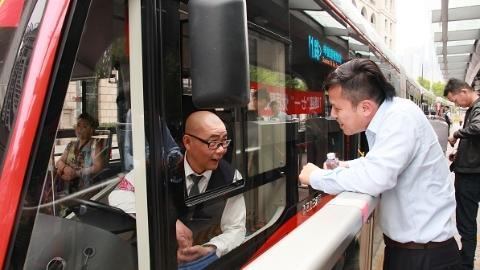 """""""三专""""难复制 其他公交线路能向中运量71路学点啥?"""