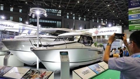 打造水域经济新典范  国际游艇展室内水上嘉年华首次延伸到户外