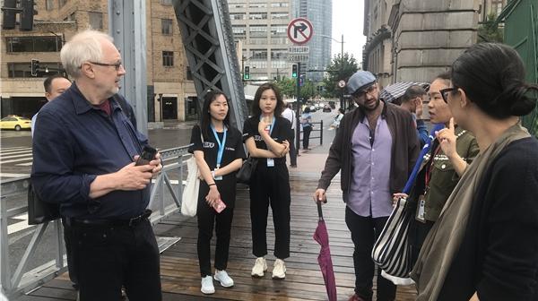 """""""有机会我要来上海取景!""""上影节带着各国电影人游览上海地标"""