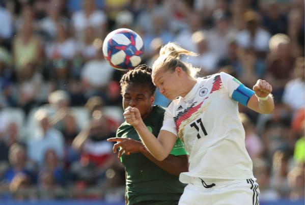女足世界杯淘汰赛开始 VAR又成比赛主角