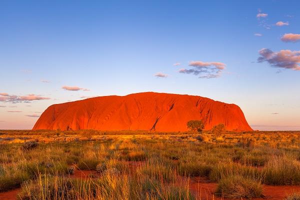 澳大利亚艾尔斯岩.jpg