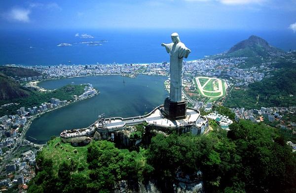 巴西里约热内卢基督像.jpg