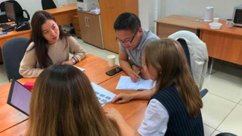 """""""唯二""""中国志愿者 做好喀山与上海的沟通桥梁"""