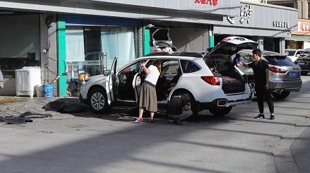记者调查|洗车店烦恼一大堆 牵涉多部门归谁管?