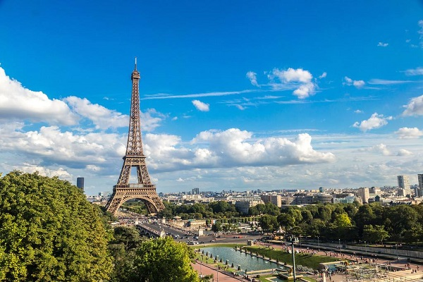 巴黎热到42.6°C,法国人还说不装空调,为什么?