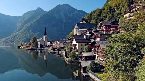 2020年起,奥地利小镇哈尔施塔特将限流