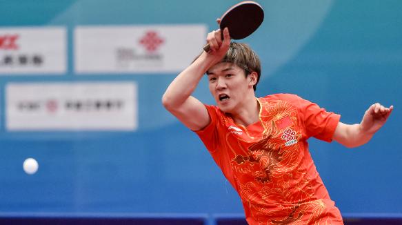冠军是最好的大学礼物——彭飞龙夺青运会乒乓球俱乐部组男单冠军