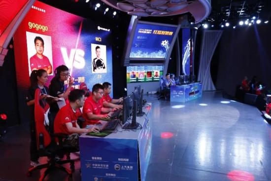 对战场次达1600场 FIFA ONLINE4上海红蓝对抗赛落幕