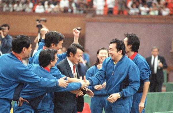 许绍发作为国家队总教练率队获得多个世乒赛冠军2_副本.jpg