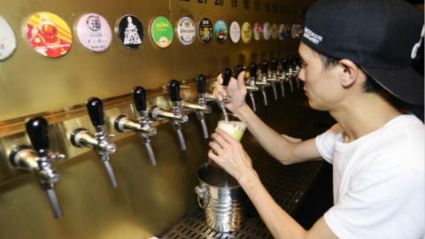 """今日焦点丨为上海的夜间经济""""干杯""""!申城跻身全球15大啤酒城市"""