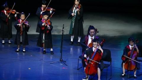 在这场国际少儿艺术大典上 中国风成主旋律