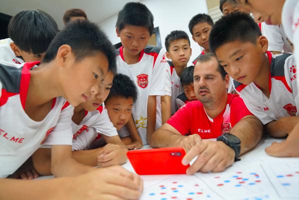 打遍华东无敌手,嘉定出了一家埋头青训6年的足球俱乐部