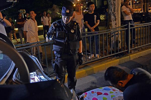 昨夜今晨,上海公安机关开展全市集中打击整治行动