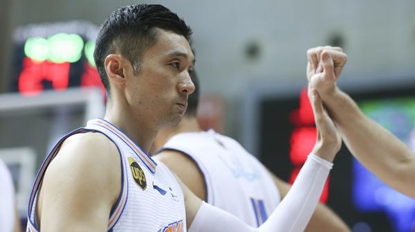 刘炜退役了,但不离开!将出任上海男篮领队,继续与球队一起战斗