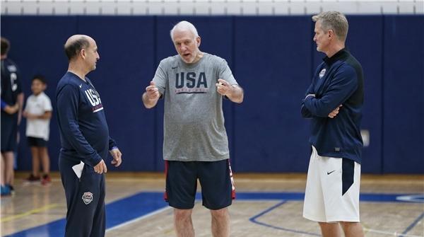 记者手记 范甘迪为什么会加盟美国男篮?