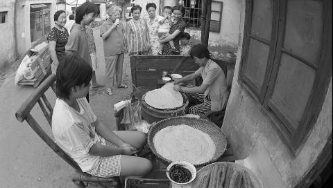 """上海人为什么把山东煎饼称为""""包脚布"""""""
