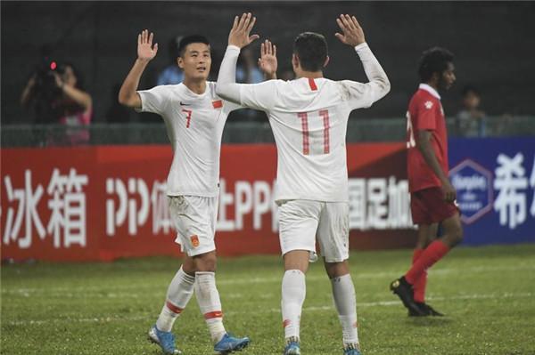新国足可以的!中国队大胜马尔代夫强势起步
