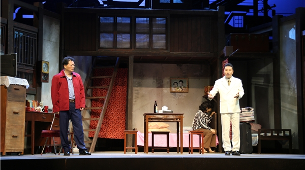"""上海滑稽剧团格则新戏有噱头!《弄堂里向》带你开启""""时空之旅"""""""