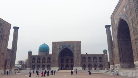 中国游客明年起可免签入境乌兹别克斯坦