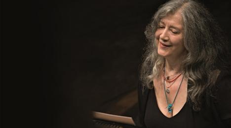 女钢琴家阿格里奇再度来沪:两场音乐会开票2小时几近售空