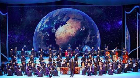 上海民族乐团《共同家园》首登国家大剧院,《我爱你中国》引发全场动情合唱