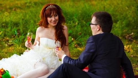 俄罗斯年轻人宁愿晚结婚也要先买房