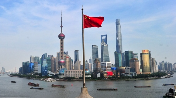 明早,一起去看五星红旗冉冉升起!上海这些地方将举行升旗仪式