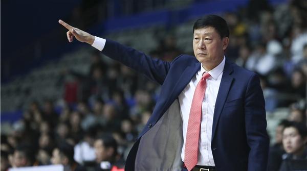 专访|赛季过半,大鲨鱼排名才第15!主帅李秋平回应球迷关注问题