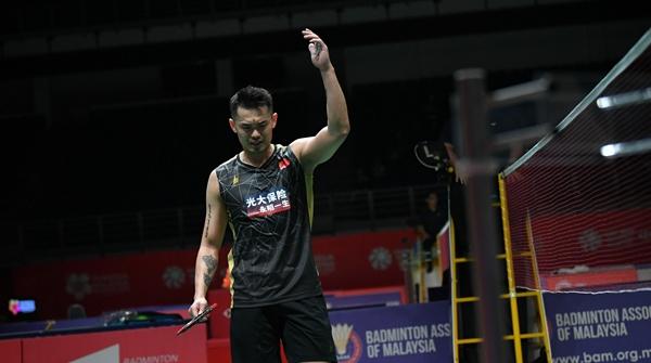 """马来西亚羽毛球大师赛:林丹再次上演""""一轮游"""",谌龙石宇奇晋级"""