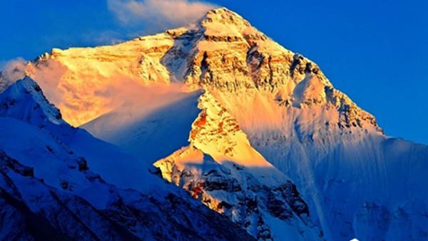 十日谈 走近天边,在珠峰为亲友祝福