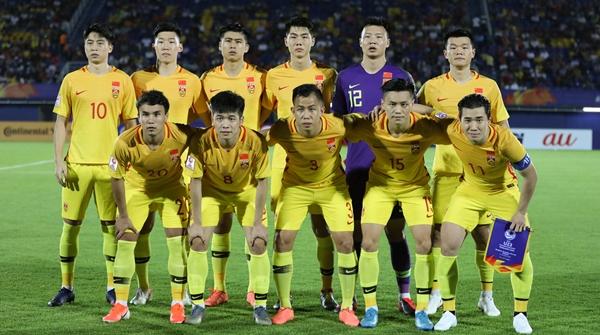 场外音|中国足球,爱拼才会赢