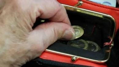 德国银发族陷入贫困泥潭,每日生活费不足10欧元