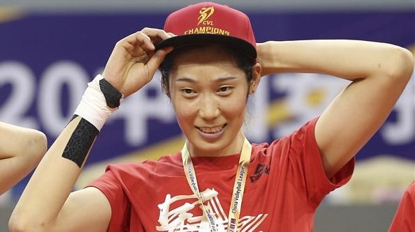 收获个人第一个中国联赛冠军!但朱婷还应出国打球……