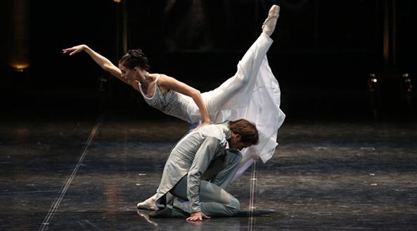 在天桥剧场欣赏俄罗斯芭蕾舞