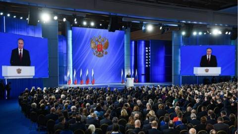 普京发表国情咨文 俄政府辞职