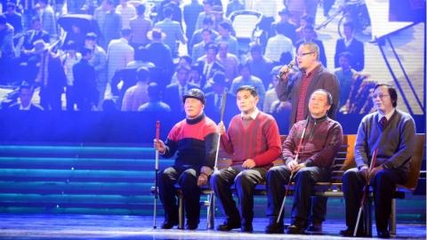 上海市人大代表、政协委员为残疾人代言 助残惠残民生实事引关注