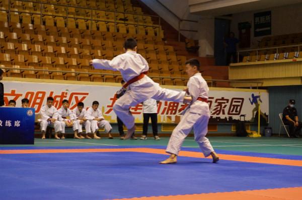 排球、空手道、手球三连!三项全市性青少年体育赛事相继在杨浦开赛