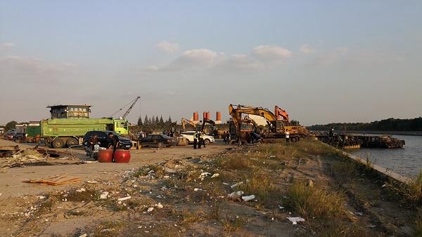 违法装卸渣土,苏州河上一码头面临最高20万元罚款