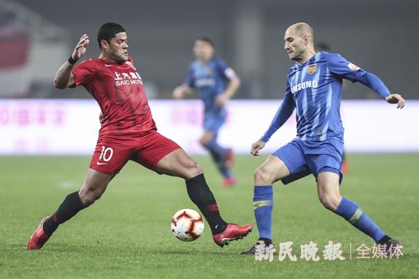 2019上港vs苏宁-李铭珅_副本.jpg