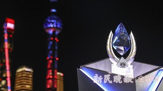 S10今晚迎来总决赛:电竞英雄与上海的缘分,未完、待续