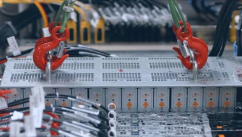 """双11给服务器""""泡澡""""散热,阿里云启用全球最大液冷数据中心"""