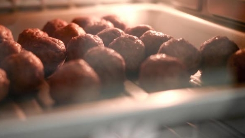 """宜家""""素肉丸""""亮相进博!我们帮你试吃了 与传统肉丸几乎没差"""