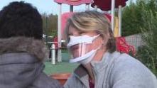 为有利于幼儿成长,法国幼教老师将领到透明口罩