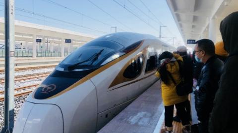 """盐通高铁昨日开通运营,助力""""轨道上的长三角""""高速发展"""